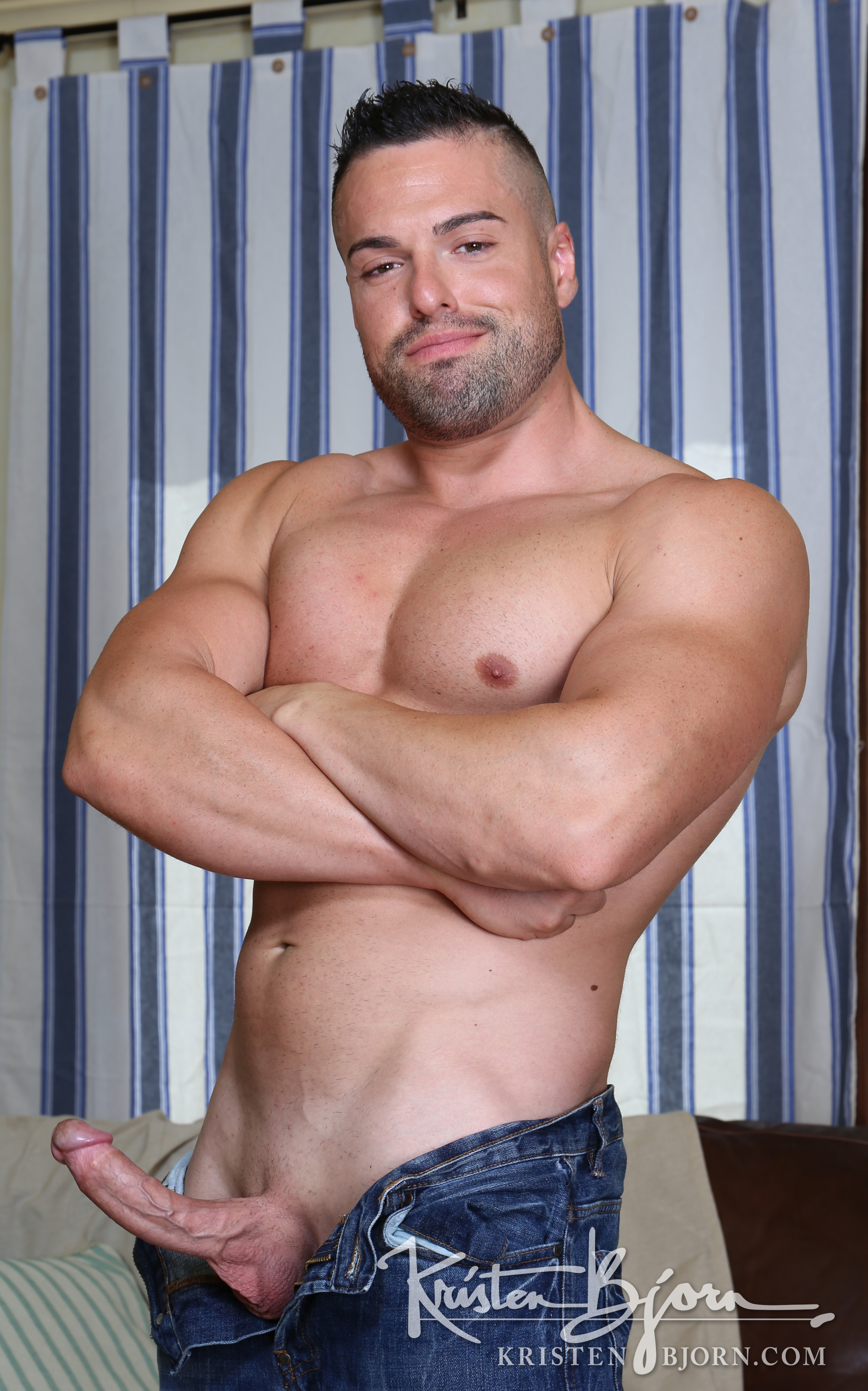 Gabriel Lunna Exclusive New Model