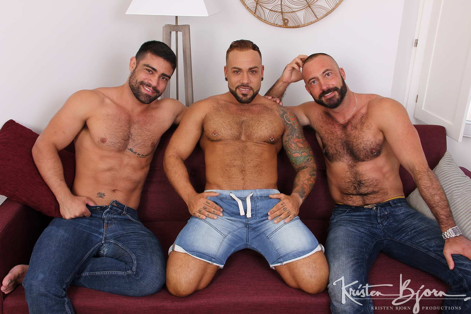 Hot Stuff: Deep And Tight – Wagner Vittoria, Sergi Rodriguez, Xavi Garcia