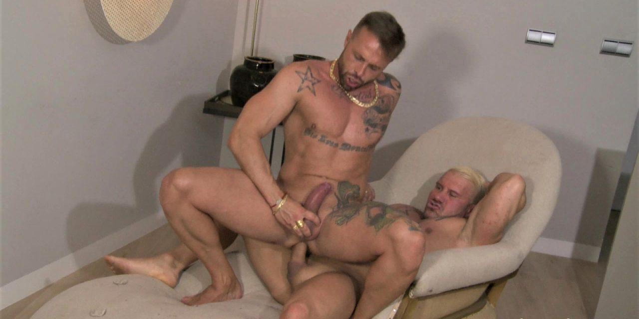 LOVING MEN: Jony Blond, Frank Valencia